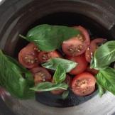 Tomato and Basil = BFFs