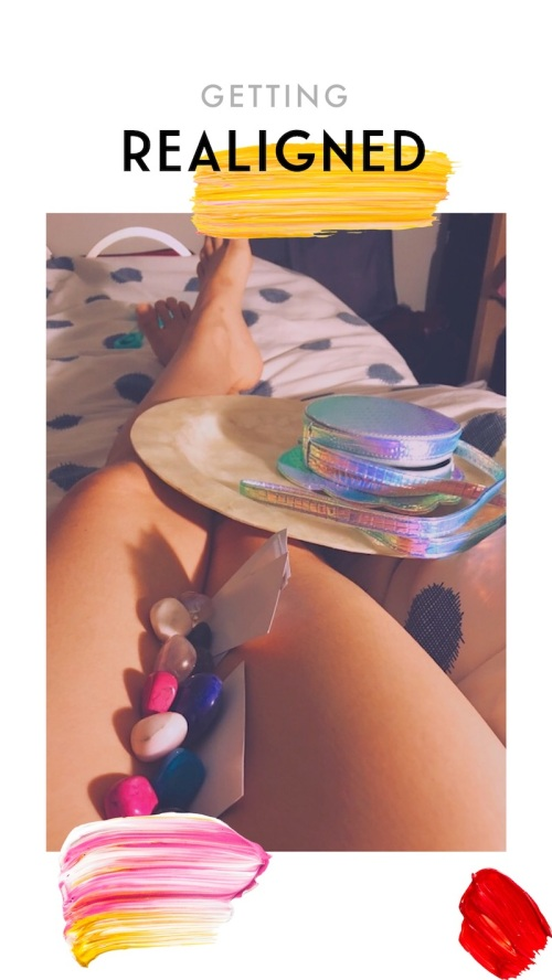 chakras crystals and legs